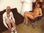 Vidéo en Français: Travelos cochons-cochonnes video x gay