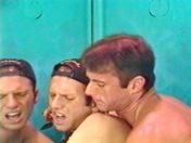 Deux minets s'enculent au resto x video gay