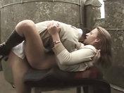 Amatrice sodomisée en Haut d'un Chateau !!!