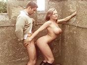 Amatrice sodomizzata in cima ad un castello !!! videos porno