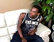 Le TTBM de banlieue se fait pomper grave sexe video gay