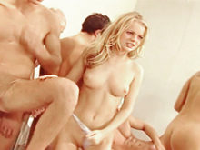 Gang Bang � l'hopital avec Dora Venters et Betty Dark (partie 3) 5