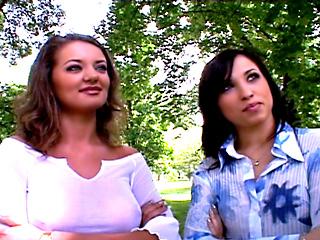 Alexa May et Lucie Love se prennent la big teub d'un inconnu dans tous les trous 3