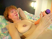 Old shaved bimbo and activated dildo sex video
