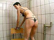 Bruna, bondage e scopata perversa sesso video
