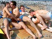 Porno Couple homo à la mer et partie de jambes en l''air sexe