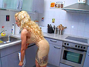 Mom loves getting screwed while doing the dishes sex video