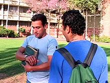 2 latinos s''enculent au lieu d'aller en cours