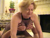 An old fat woman fucks her neighbour!!! xxx video