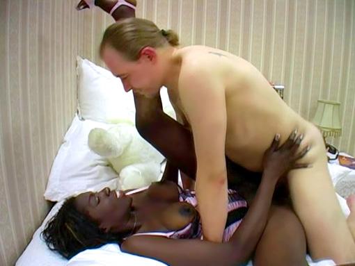 Black chaudasse pour chevelu qui la fracasse video sexe