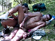Hacemos footing o nos enculamos video porno gay