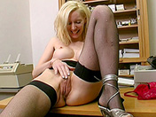 Busty blonde for mind-blowing orgasm xxx video