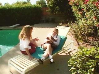 Due studentesse marinano la scuola !