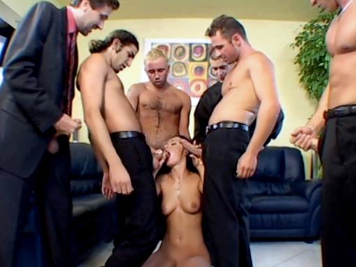 Les Six repeignent Sandra video sexe