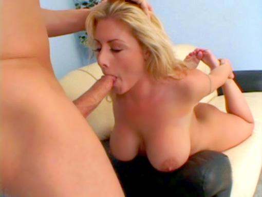Jasmine repeinte au sperme video sexe