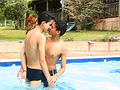 video de sexe Latino Love à la piscine