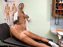 Un docteur un peu trop curieux