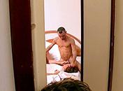 Trio gagnant et bonne baise pour le dernier arrivant video sexe gay