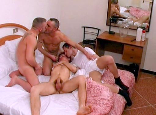 Jeunes Gays & Beaux Mecs