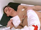 Je suis malade docteur pourquoi ne pas m'enculer ? video x gay