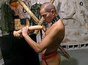 Il obéi à son maitre et est en extase devant un gode sexe video gay