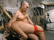 Un esclave gay fait plaisir à son maitre video sexe gay