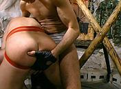Un esclave gay fait plaisir à son maitre video x gay
