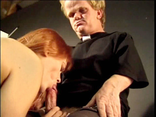 Nain voyeur baise une salope