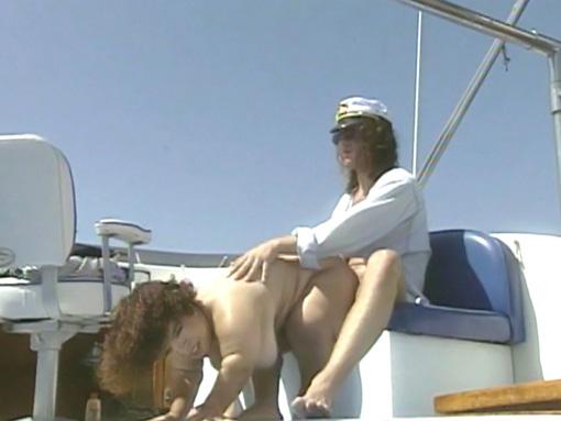 Une sortie en mer qui tourne à l'adultère