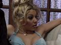 Un carnaval qui tourne au film porno bien gonzo