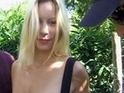 Ingrid, amatrice française se fait ruiner par deux gaillards
