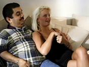 Un mari qui demande à sa femme de le tromper devant lui