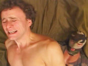 Hétéro gourmand  baisé par un commando!! video x gay