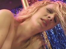 Quand je vais voir un striptease j'aime quand ça se passe comme ça