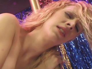 Sexe : Quand je vais voir un striptease j'aime quand ça se passe comme ça