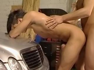 Lavage de voiture rapide et baise torride
