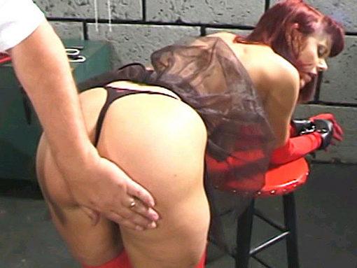 Le colis surprise de David Nelson ! video sexe