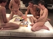 Soirée sextoys pour jeunes gays en chaleur