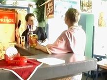 Vient dans mon bar je te montrerais mon braquemart