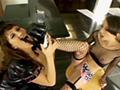 Deux lesbiennes fétichistes se donnent à fond