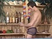 Bar à cocktails et sodomies sensuelles
