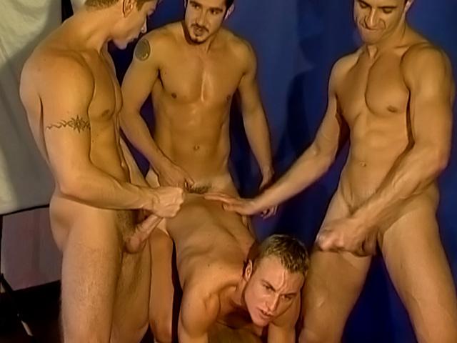 Casting gay per giovane recluta sfondata