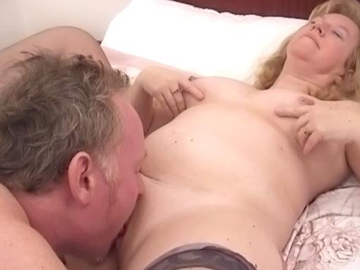 zhenshina-dlya-semeynoy-pari-dlya-seksa
