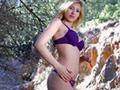 Jeune espagnole blonde baisée dans un bois - HD