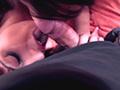 2 lesbiennes se font prendre par un mec bien viril - HD