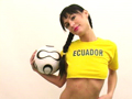 Equateur, leur htesse supportrice se dvoile ! 5