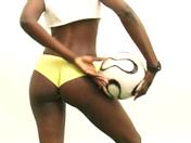 Représentante coquine, supprotrice du Ghana.