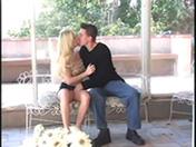 Jeune couple baisant pour pervers passant