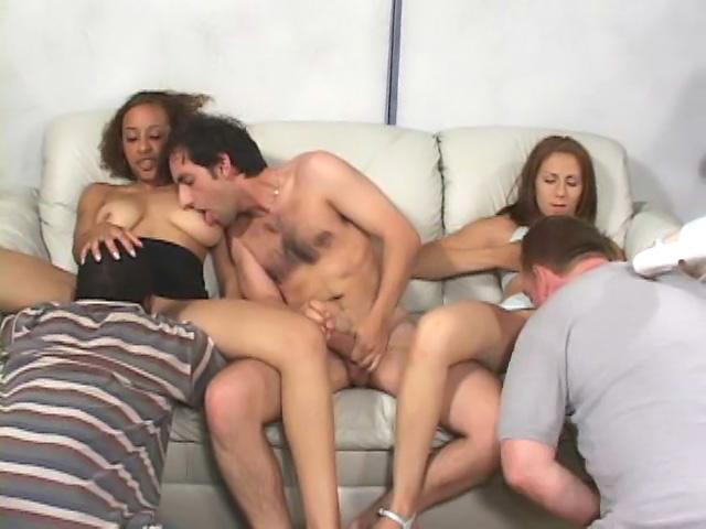 Lesbiche mature ed orgia scatenata