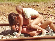 Hpg et Bruno SX ENCULENT Angelina en extérieur !